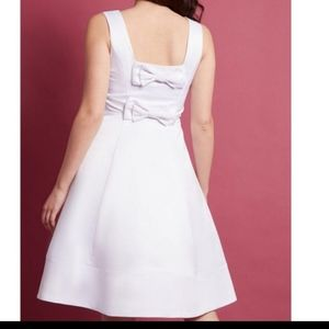 ModCloth White Satin bow back wedding dress